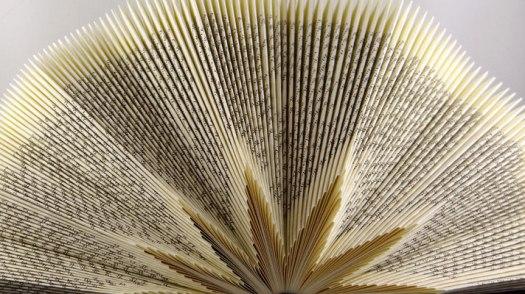 Gefaltete Bücher